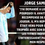 Quand Jorge Sampaoli (coach du Chili) explique pourquoi Léo Messi a refusé le titre de meilleur joueur de la Copa... http://t.co/Py440bghjR