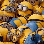 """【予告動画】怪盗グルーの""""黄色いヤツら""""が主役!映画『ミニオンズ』7/31公開 http://t.co/T58ie3zmdW http://t.co/EQDcXHiYUI"""