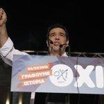 """""""La France doit exiger la restructuration de la dette grecque"""" - communiqué @MotionB_AGPG http://t.co/59tcWMXAz0 http://t.co/DrNPYkNmeW"""