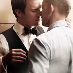 Aujourd'hui c'est la journée internationale du baiser. Envoyez-nous vos photos de bisou, on les publiera sur @tetumag http://t.co/InJhwls4MJ