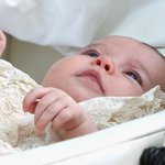 Princess Charlotte Elizabeth Diana christened in front of Royal Family, godparents: http://t.co/c35chYr1qS http://t.co/Z0xWWEcWeW