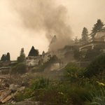 Fire spreads to second home in West Vancouver - http://t.co/RXpWP5I60n http://t.co/J5mC7Bc7Kc
