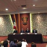 Acompañando al Gobernador electo @Silvano_A en el anuncio de la comisión de transición #Michoacan http://t.co/uccMJ30ueP