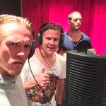 En musikstudio i Karlstad. Vad ska detta bli? Boy band? Roligt var det iaf! @OKT55 @mickejohansson http://t.co/dSy2ruCQ6r