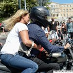 Love this: Greeces finance minister resigned and left the Ministry of Finance with his wife on a motorbike http://t.co/5MI9wBgt3H