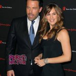 Details on #BenAffleck & #JenniferGarner's post-split trip to the Bahamas emerge! http://t.co/7HoBood4k6 http://t.co/H0isFmL6fp