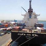 #Nicaragua: Más carga llega al Puerto de Corinto. http://t.co/fRXoYotIH3 http://t.co/4TiZS7qXai