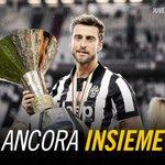 """Agnelli: """"@ClaMarchisio8 ha rinnovato per i prossimi cinque anni"""" #Marchisio2020 http://t.co/ke3h3Xtnni"""