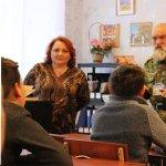 """В """"ДНР"""" и """"ЛНР"""" школьники будут учить историю по переписанным учебникам – The Times http://t.co/AeWHN8w6Cl http://t.co/NwXGGQKWrX"""