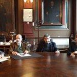 En Rectorado UNLP #laplata comienza la recorrida con Barañao y Salvarezza x una ciencia comprometida con el pueblo http://t.co/vU4u0YS1Jq