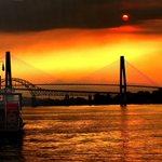 Residents cautioned due to high air quality index in Vancouver, Sunshine Coast - http://t.co/HPB1otIih3 http://t.co/0JLXDKWIo7