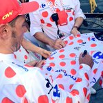 RT pour gagner ce #MaillotaPoisCarrefour ! #TDF2015 http://t.co/hC0jeuitej