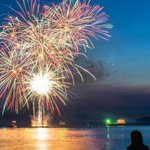 11 photos and videos of #Vancouvers surprise 4th of July fireworks http://t.co/w2vWy3lPfK http://t.co/bouggpQMIk