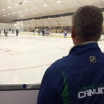 #Canucks coach Willie Desjardins looks on as every prospect skates during open practice @Shawnigan. http://t.co/HQ79TO2Yun