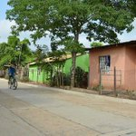 Pavimentan 4.9 kilómetros de la vía de acceso al corregimiento El Cerrito http://t.co/CJIGHoA2jZ http://t.co/Z47bHOwlQ2