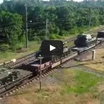 In the meantime, #Russian army self propelled artillery equipment moves towards #Ukraine http://t.co/Eo9CwsPdD4 http://t.co/9eLZZyyJaJ