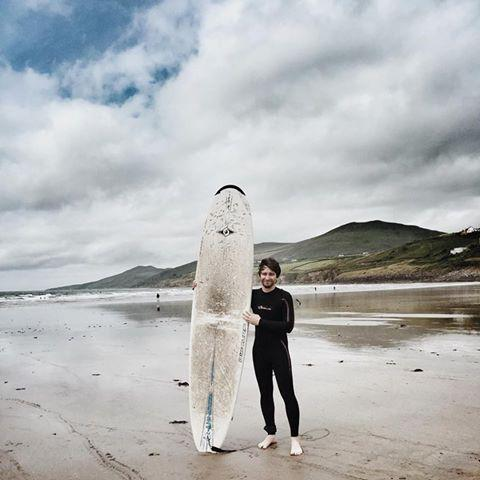 When it's only 10€/hr to rent a board & a wetsuit, you pretty much have to go surfing in #Ireland. #WildAtlanticWay http://t.co/YiRI8JuP7G