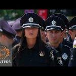 Video via @Reuters: Ukraine swears in new police as part of reform effort http://t.co/sWzHW6j7Fn http://t.co/jfd8P9ch4G