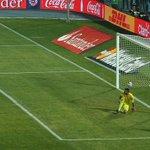 ¡ORGULLO! Revive el gol del triunfo de Alexis Sánchez en distintos idiomas. EN VIDEO » http://t.co/EvS34t1MUy http://t.co/yJJAmPLgX9