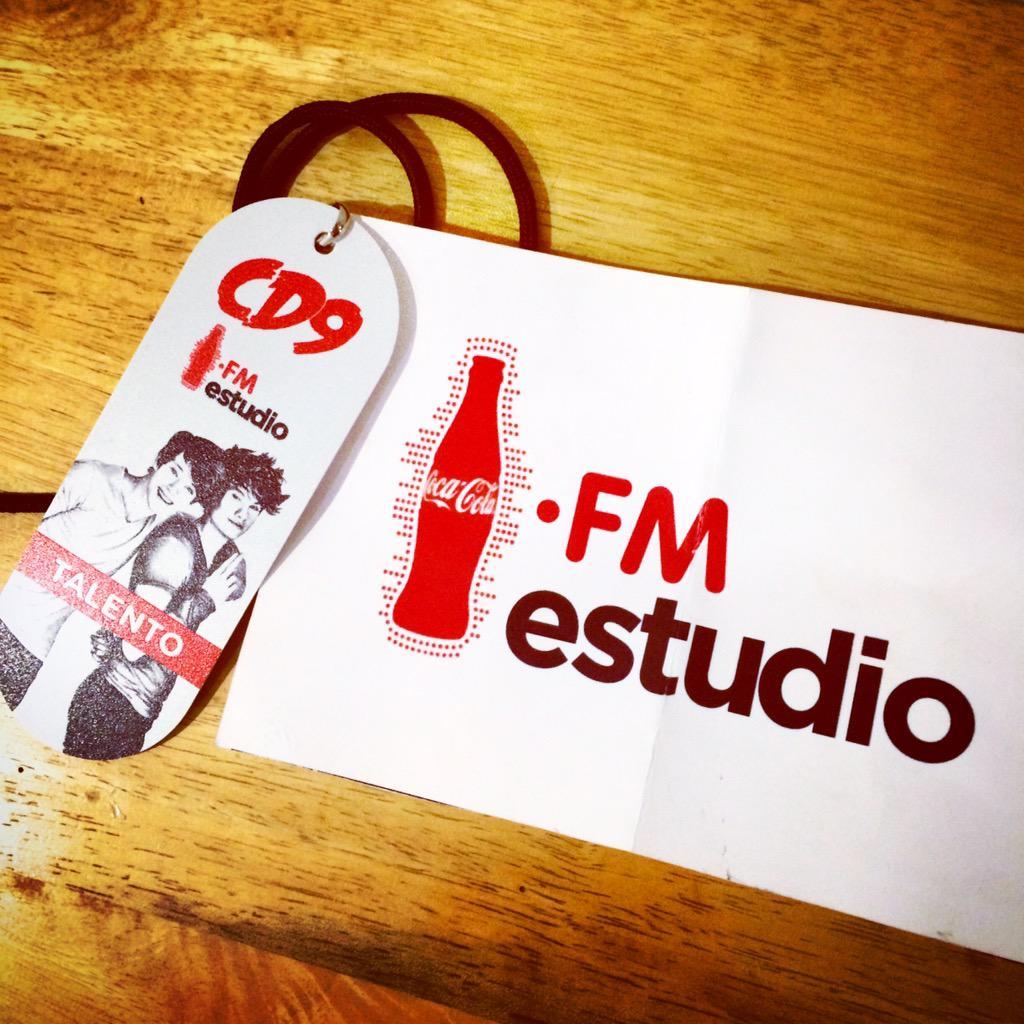 Regalo d #cd9cocafmestudio quien lo quiere?? @somosCD9 http://t.co/5Z7lSmFv8o