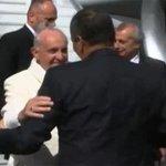 Papa Fracisco arribó a Ecuador. La información con @Ingrid_dBarrera por #ExcélsiorTv http://t.co/Rdze7OZlrl