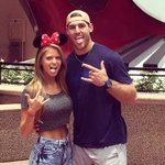 Watch out Katy Perry. Trevor Knight appears to be dating a Clemson cheerleader. http://t.co/m4fdPsn6Av #Sooners http://t.co/4fKONWt1Yc