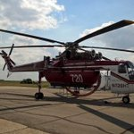 This is the largest firefighting helicopter in North America. Its going to Prince Albert from Montana. #skfire http://t.co/cgpPHzWJkV