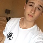 RT for a follow/DM!!!😁😁😁 http://t.co/dLqVVsmDAz