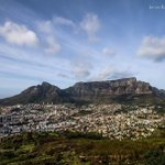 Cape Towns weather is a warm and sunny 24C today!   (pic via Ian Van Romburgh) http://t.co/LJ52X0jXRy