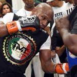 Mayweather stripped of title he won in Pacquiao fight http://t.co/IUyrSWvCYR http://t.co/w67oObWkF3