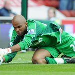 Glove move? @stokecity linked with move for former @LaticsOfficial keeper Ali Al-Habsi. http://t.co/tPOrboecqB #scfc http://t.co/rPrGFdE35o