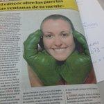 ¡Qué bonita foto @CakescookiesM! Muy recomendable la contra de @diariolaopinion de @NievesJemezB http://t.co/MSADSiWv77