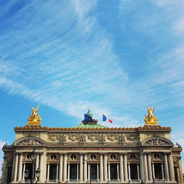 Good morning @operadeparis! #Paris http://t.co/faCNiUNCMN http://t.co/pCHYfQh0vJ
