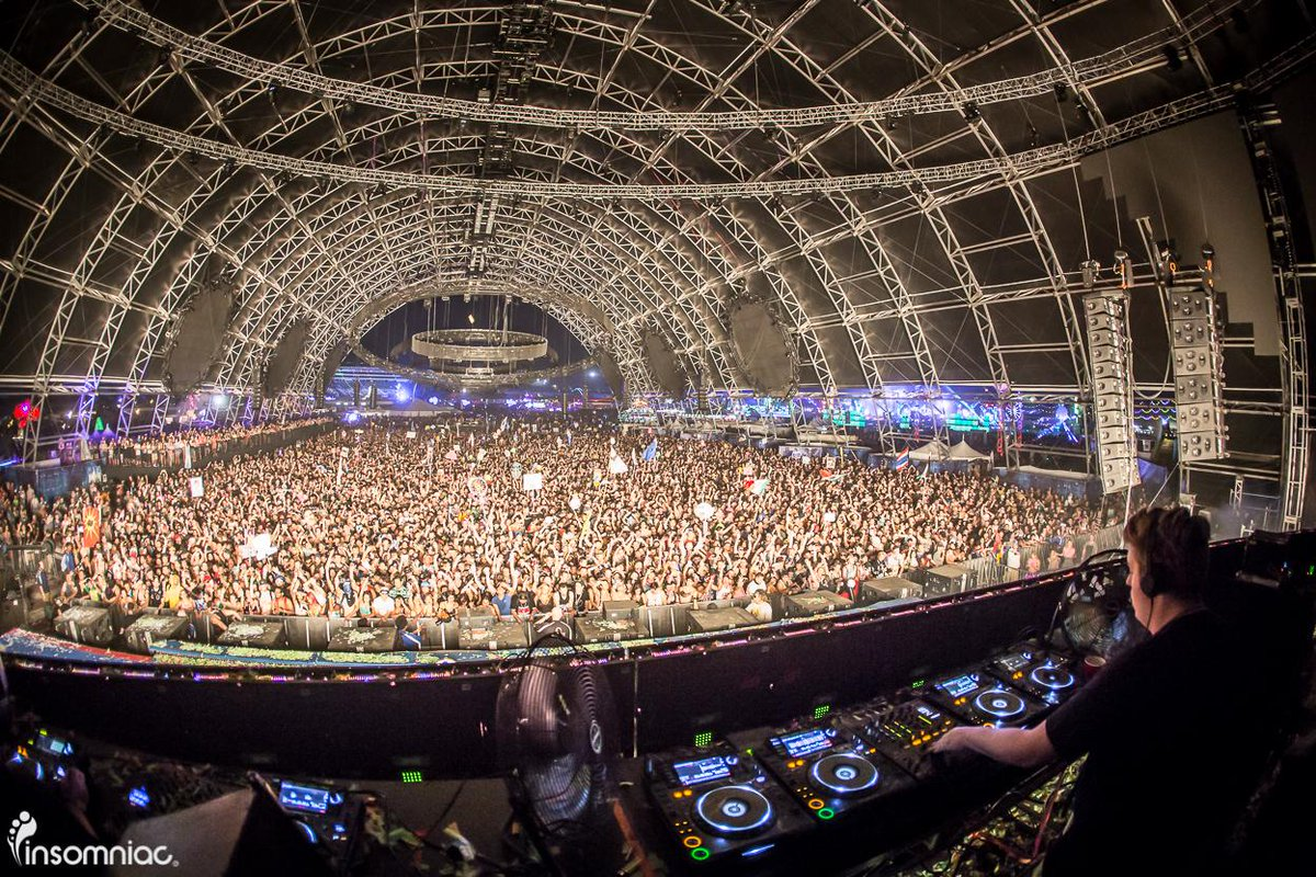 Another sick shot of @Fluxpavilion at EDC. What a stage! http://t.co/S9pKg6pj0y
