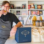 Yay @duchessbakeshop, @TasteCanada awards shortlister! About their book: http://t.co/J3T9a0FQHD #NAIT #yegfood SM http://t.co/jo5VVWAnQv