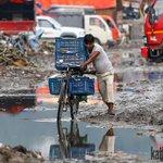 These images show the plight of Kathmanduties during rainy season. Pic: Sanjog Manandhar http://t.co/f75dWEjGiE