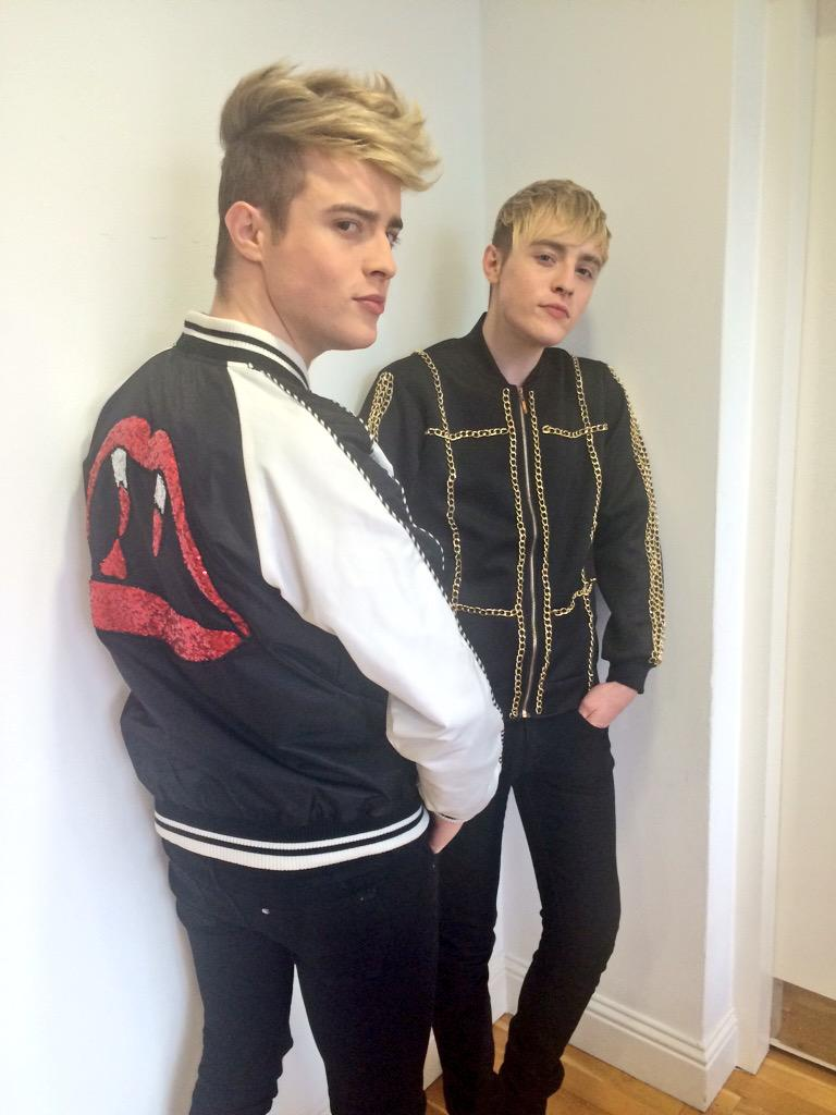 Nothing livens up the office like a visit from @planetjedward http://t.co/Gsx5RcjEv0
