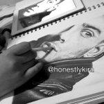 @zaynmalik PLEASE FOLLOW THE ARTIST @honestlykira 4 http://t.co/iR80QtUM48