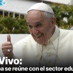 [En vivo] El #papaFrancisco llegó a la Universidad Católica para reunirse con educadores » http://t.co/56mUbNr9eR http://t.co/8fdIa3V1gQ