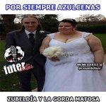 [FOTO] #Zubeldia y la #GordaMatosa en el partido #Emelec #LDU [via @CesarDefazC] http://t.co/7DhtemmsHB