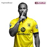 KITTED OUT: It's the new away shirt modelled by Gabby Agbonlahor. #AVFCKitLaunch #SayItLikeSherwood @QuickBooksUK http://t.co/JKaGm9XZmW