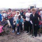 #FranciscoenEcuador. Miles de Personas con Discapacidad llegaron hasta el parque Bicentenario para misa campal http://t.co/LGdRlPYxRd