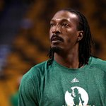 THIS JUST IN: Celtics trade Gerald Wallace for David Lee. (via @ESPNSteinLine) http://t.co/JvxQVW7rDJ