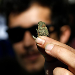 """Legalización: diputados dan luz verde a autocultivo de marihuana http://t.co/c1Q9OjIekR http://t.co/Utr9nwhoPP"""
