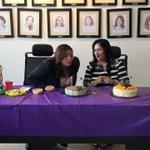 Sin perder la tradición,hoy festejamos el cumpleaños de Claudia y la despedida de Edith. Que Dios las bendiga mucho ???? http://t.co/mq3IMy2hyS