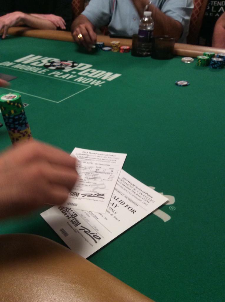 Poker itm bon joueur roulette placard coulissant sogal