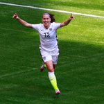 Lauren Holiday announces retirement from #USWNT after Womens World Cup heroics. http://t.co/f4cDwj60EF http://t.co/gBpOWElyOT