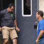 Subway, pitchman Jared Fogle suspend ties http://t.co/Psq4gQbrVk via @WSJ http://t.co/SUqziZ0ffc
