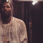 "Congrats to @MeekMill on his first #1 album ""Dreams worth more than Money"" sold 216k copies last week. @FOX29philly http://t.co/PUll4DWWdl"