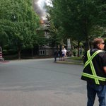 Whoa.. big fire in a #Burnaby townhouse complex on Linwood Street http://t.co/NhZdNCaQsR